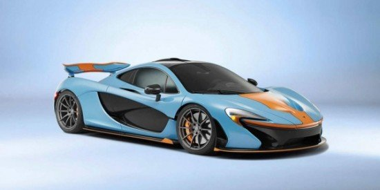 Автомобиль R1 в расцветке Gulf