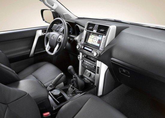 Toyota Land Cruiser Prado: передняя панель