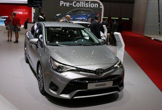 Toyota Avensis 2016