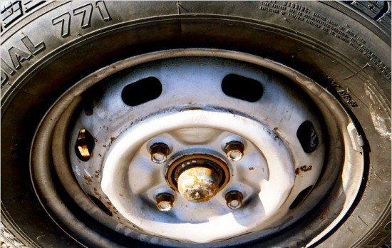 Деформация диска колеса