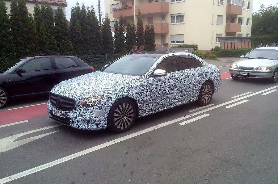 Новое поколение Mercedes E-Class на тестах