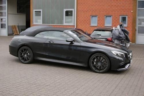 Прототип Mercedes S63 AMG Cabrio чёрного цвета на тестах, вид сбоку