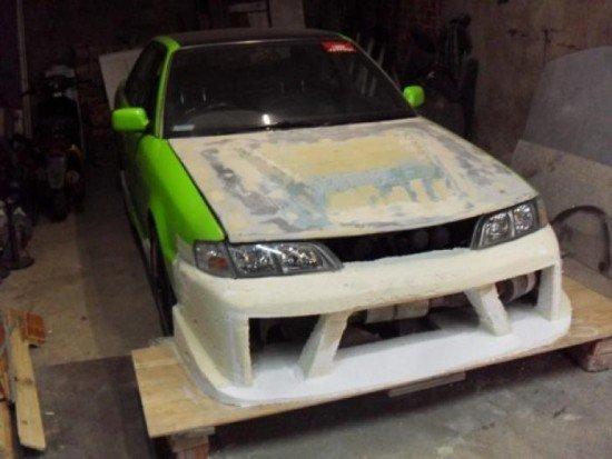 Машина с бампером из пены на этапе разработки