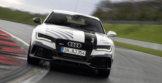 Беспилотный Audi RS7, вид спереди