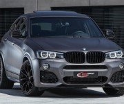 Кроссовер BMW X4 от Lightweight, вид спереди