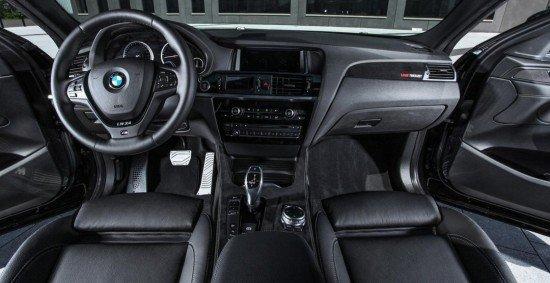 Кроссовер BMW X4 от Lightweight, приборная панель