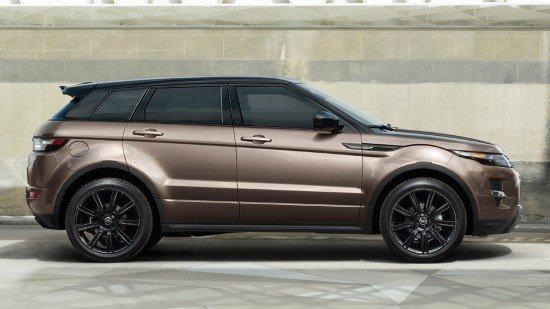 Range Rover Evoque 2015 цвета металлик, вид сбоку