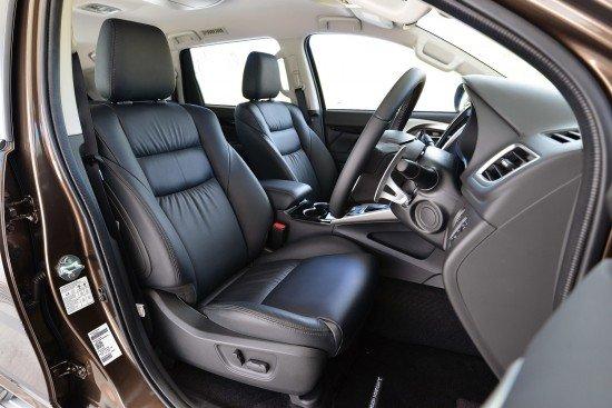 Новый Mitsubishi Pajero Sport 3, салон автомобиля