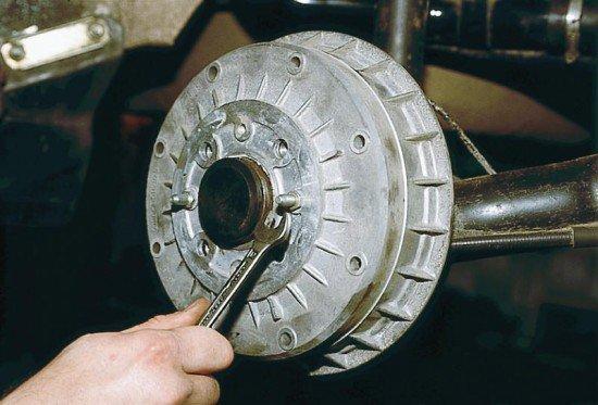 Замена троса стояночного тормоза на ВАЗ 2110