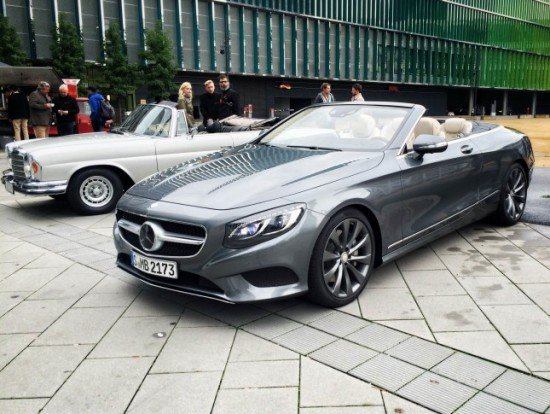 Mercedes-Benz S-Class Cabriolet цвета металлик, вид спереди