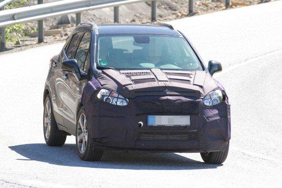 Новый Opel Mokka на тестах, вид спереди
