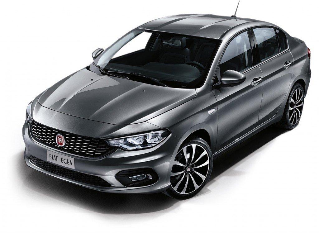 Fiat Egea цвета металлик, вид спереди