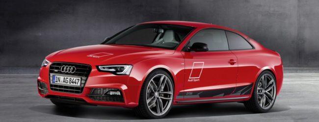 Audi A5 DTM красного цвета, вид спереди