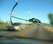 скол на лобовом стекле
