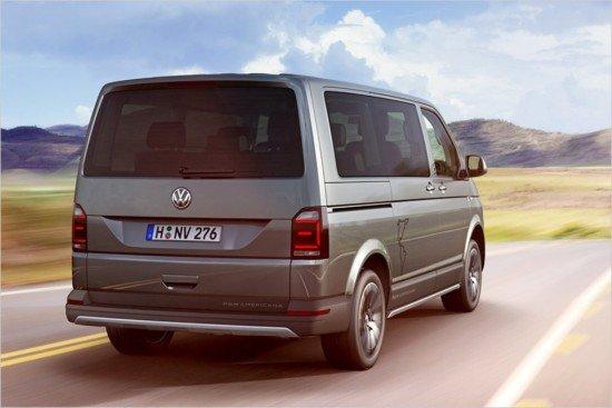 Volkswagen Multivan, вид сзади