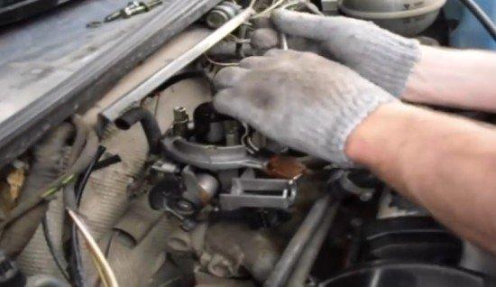 Снятие моновпрыска с автомобиля Volkswagen Passat B3