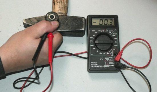 Тестируем датчик детонации мультиметром