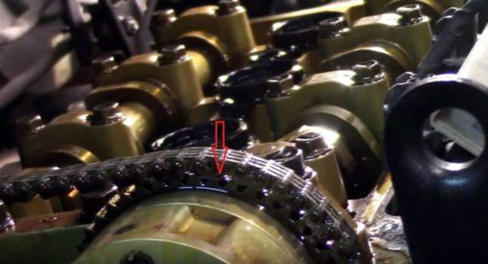 Привод ГРМ под снятой клапаной крышкой