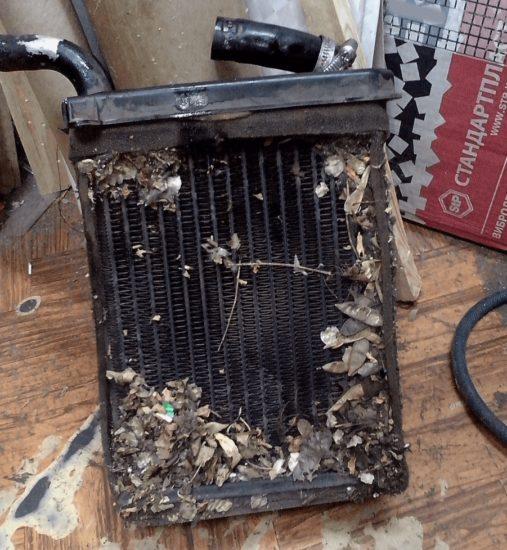 Забитый радиатор печки