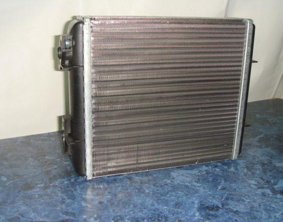 Алюминиевый радиатор «Шевроле Лачетти»
