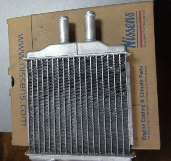 Радиатор печки Nissens