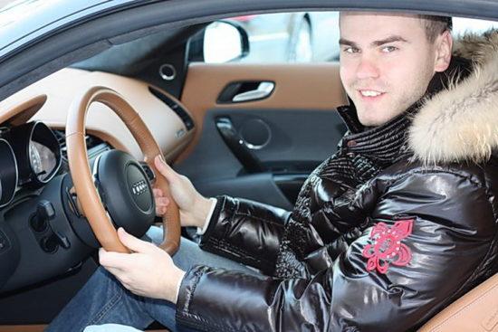 Машины Игоря Акинфеева