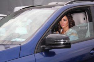 Ольга Бузова за рулём авто