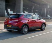 Opel-GrandlandX-Hybrid4