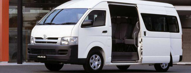 В России начались продажи новой Toyota Hiace