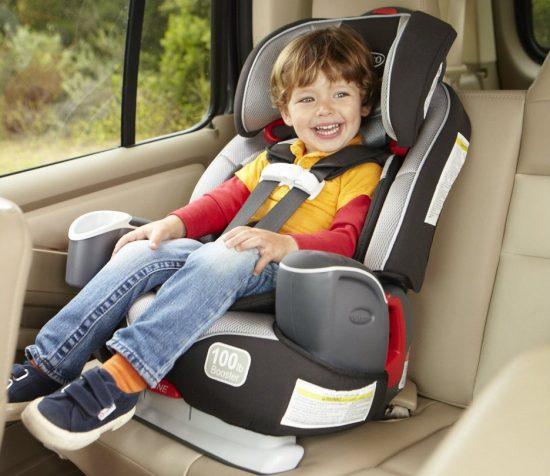 Детское автокресло с надёжным креплением