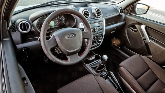 седан Lada Granta Drive Active