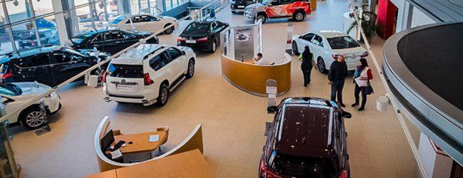 цены на новые автомобили в РФ выросли на 76%
