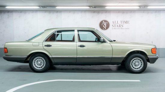37-летний Mercedes-Benz