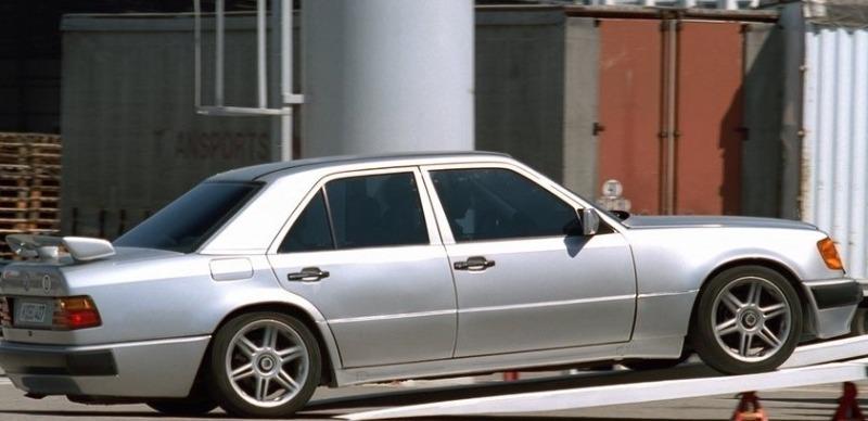 На каких машинах гоняли герои культовой французской комедии «Такси»