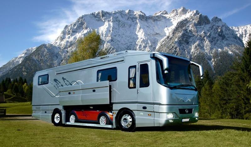 Шикарные автодома, в которых любят ездить знаменитости во время больших туров